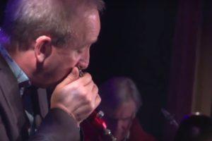 Live: Slow Blues Solo – Roly Platt